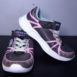 🍁 SKECHERS Light Up Sneakers Sporty Mesh Shimmer